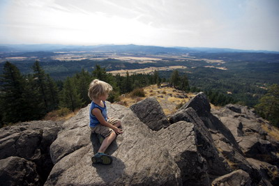 child on SB summit