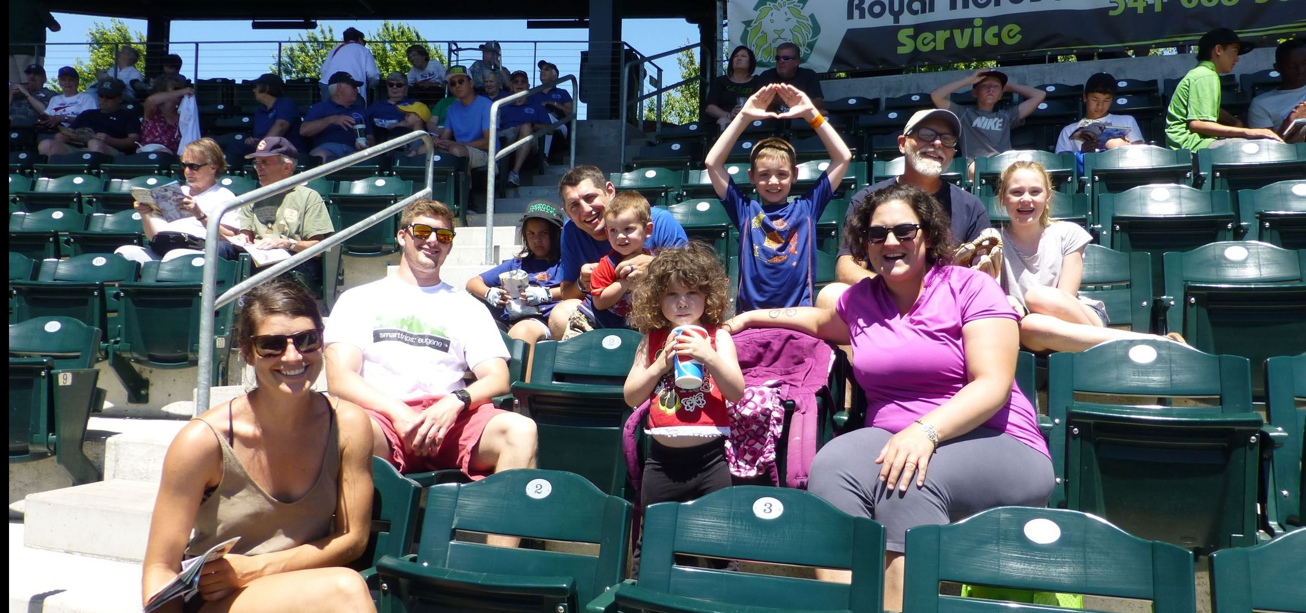 group picture during eugene emeralds baseball game