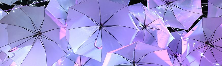 Umbrellas with light