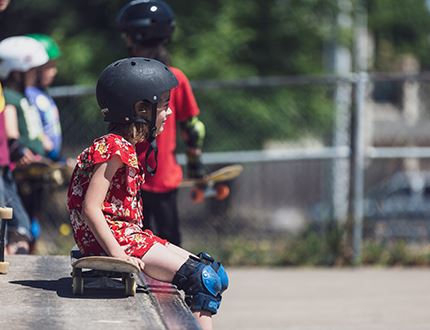 Girls Skateboard camp