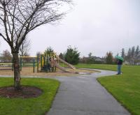 Walking trail through Crescent park