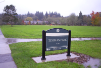 Tuman entry sign